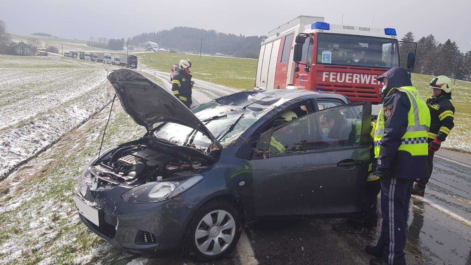 Verkehrsunfall in Felling